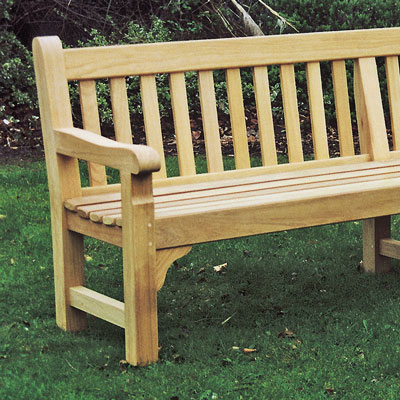 2400 Cavendish Seat with central leg in iroko